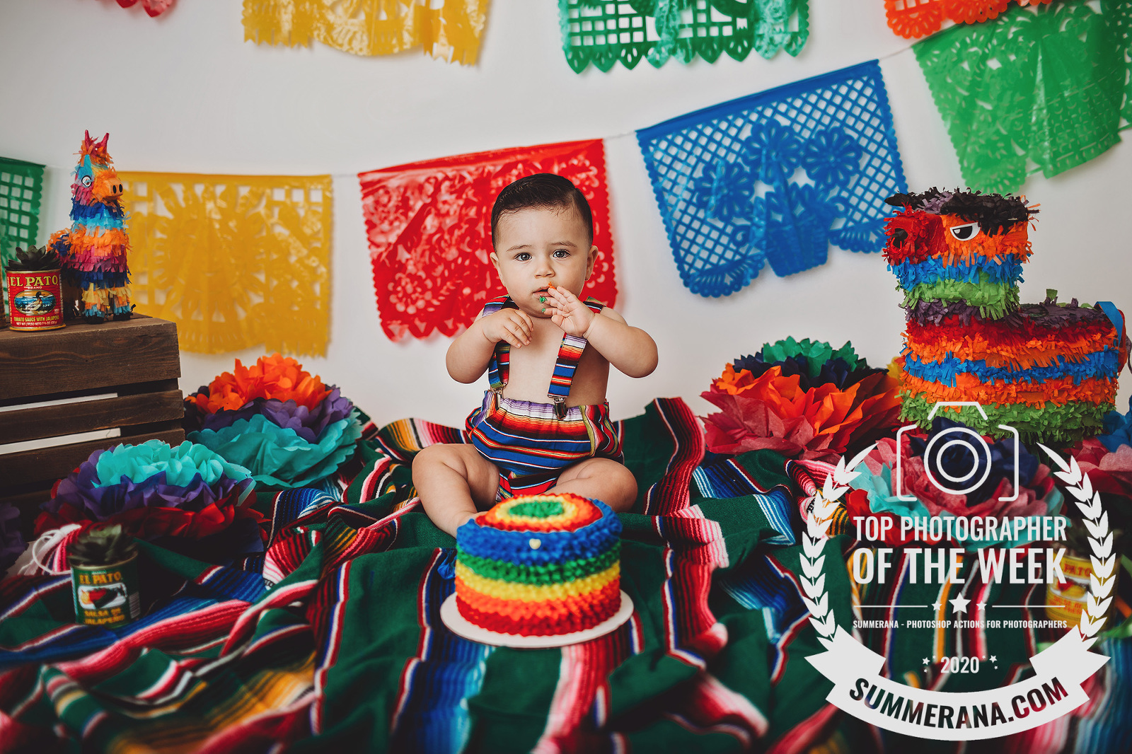 Top ten photographer award for a Mexican-themed cake smash photo session