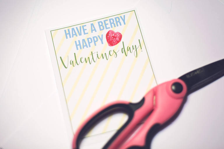 Berry Valentine DIY for school